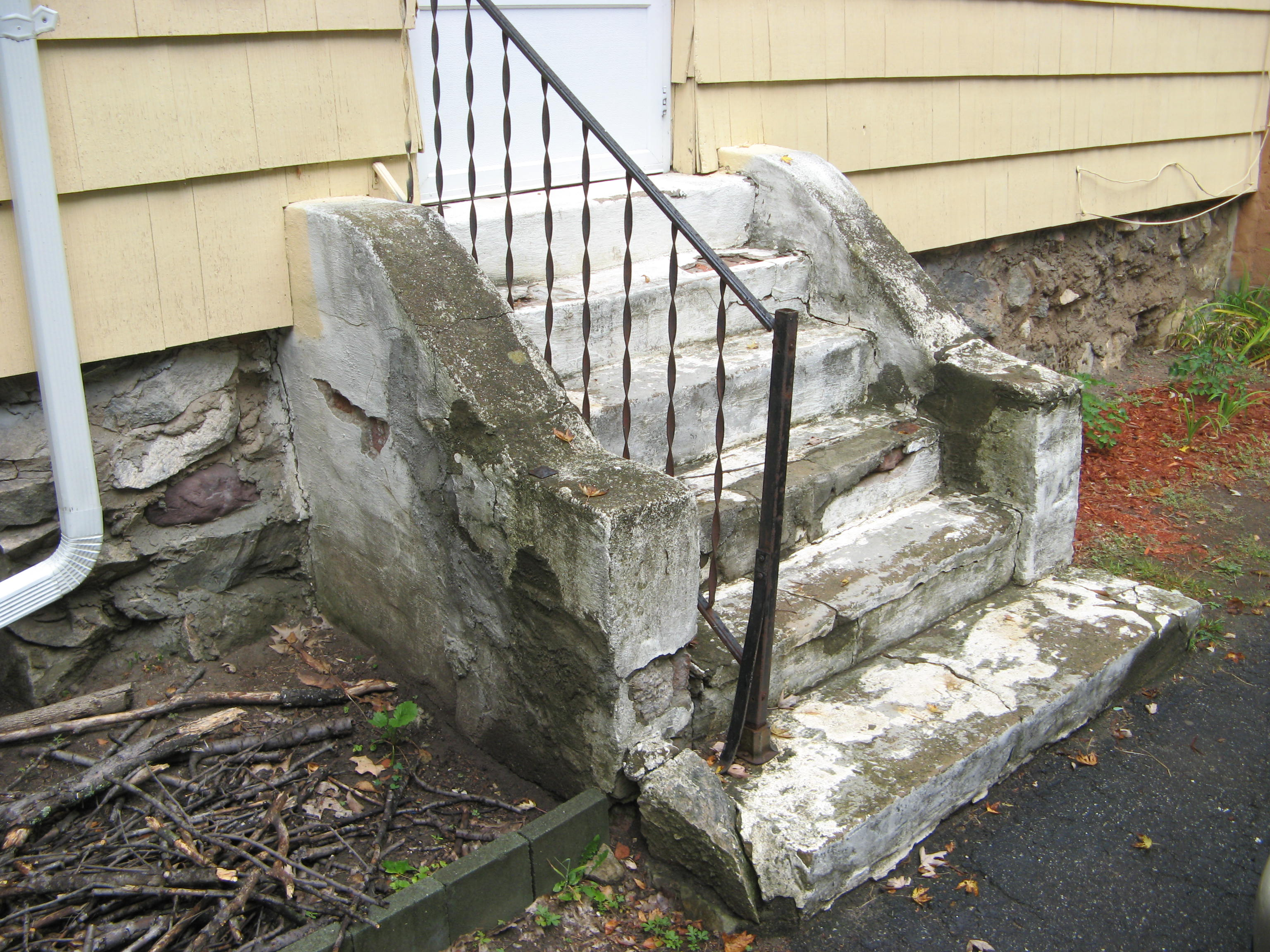 Precast Concrete Steps : Precast concrete steps totowa products