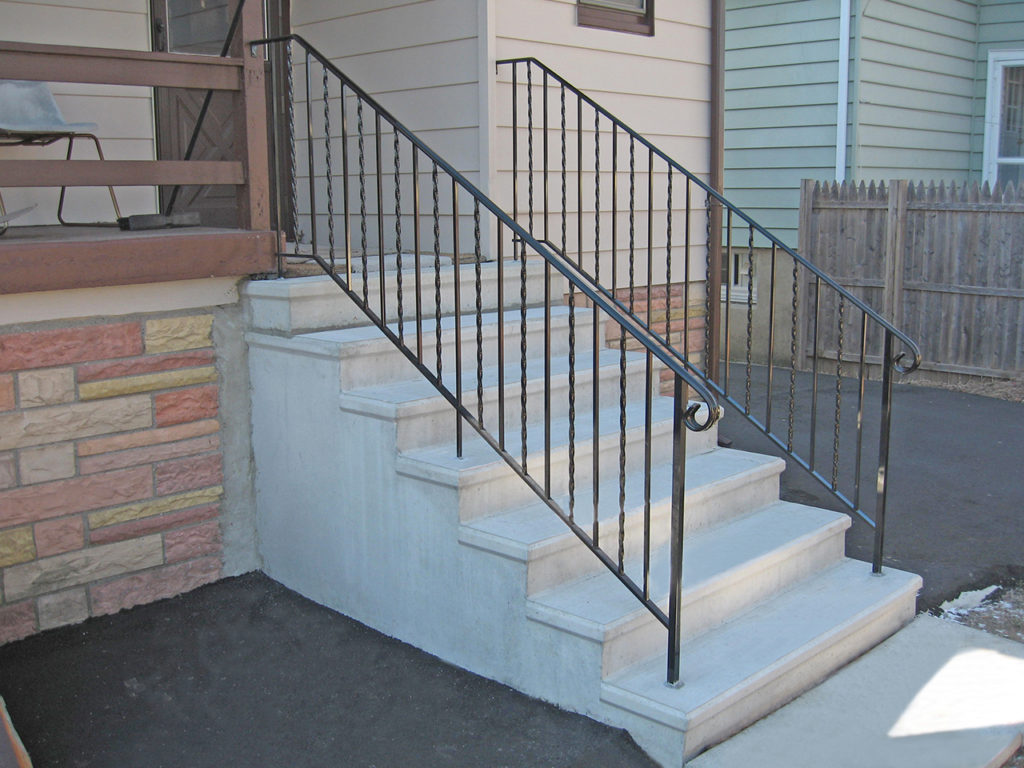 Prestressed Concrete Sidewalks : Precast concrete steps totowa products